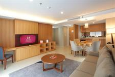 Business Suite Lounge