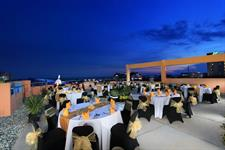Rooftop Dining Swiss-Belinn Balikpapan