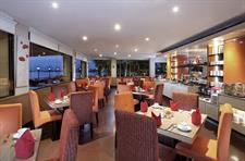 Swiss-Cafe Restaurant Swiss-Belhotel Silae Palu