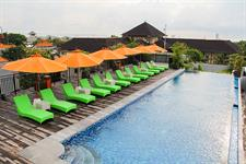 Rooftop Pool Deck Zest Hotel Legian
