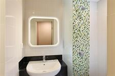 Bathroom Zest Hotel Airport Jakarta