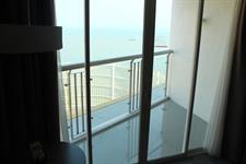 Business Suite Sea View Room Swiss-Belhotel Balikpapan