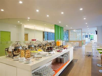 Breakfast Buffet Zest Bogor