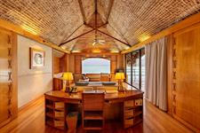 Le Taha'a Island Resort & Spa - Sunset Overwater Suite