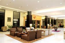 Lobby - Seating Area