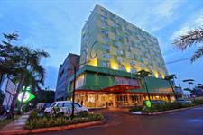 Hotel Facade Zest Harbour Bay Batam