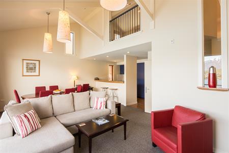 3 BR Villa open Plan Living Room Villa del Lago