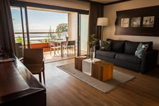 Le Tahiti by Pearl Resorts - Ocean View Suite - Living room Le Tahiti by Pearl Resorts