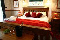 Master Honeymoon Suite Charlemagne Lodge