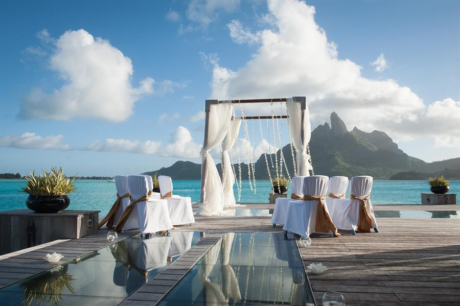 St regis bora bora resort bora bora hotel bora bora accommodation g st regis resort bora bora wedding ceremony s st regis bora bora junglespirit Choice Image