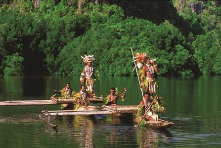 Village Huts Papua New Guinea-198-DK