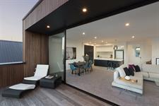 Kulim Ave deck-interior davista architecture LTD