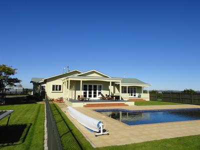 Ring house pool view after