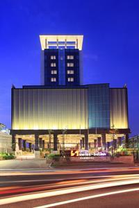 Hotel Exterior Swiss-Belinn Karawang