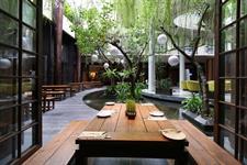 Oak Restaurant Swiss-Belhotel Rainforest