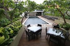 Pool Deck Swiss-Belhotel Rainforest