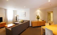 Deluxe Two Bedroom Lounge