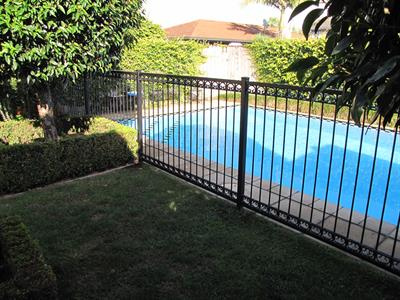 Fencing- pool fencing custom 489