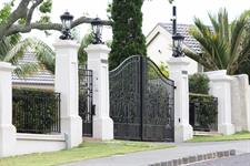 Driveway custom gates E Iron Design