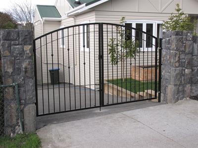driveway gates 221 Iron Design