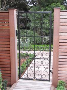 Gate: Custom gate 299