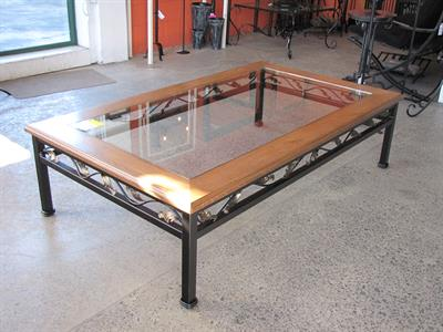 Table coffee: Renaissance with wood border Iron Design
