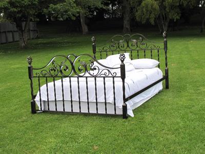 custom bed Iron Design