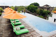 Rooftop Pool Deck