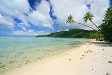 d - Relais Mahana Huahine - beachcombing Relais Mahana Huahine