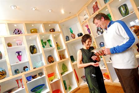 Shopping at Hoglund Glass Studio - Nelson