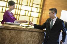 Receptionist Swiss-Belinn Singkawang