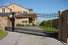 Driveway gate 301 Iron Design
