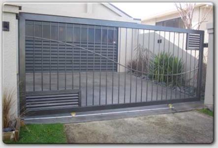 Driveway sliding gate 310 Iron Design