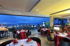 Dining Swiss-Belhotel Makassar