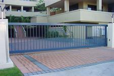 Driveway sliding gate 321 Iron Design
