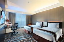 Deluxe Twin Room Swiss-Belhotel Makassar