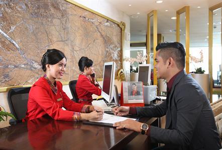 Receptionist Swiss-Belhotel Makassar