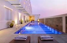Swimming Pool Swiss-Belinn Airport Surabaya