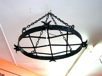 Pot rack: round