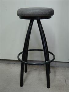 Seating: stool Iron Design