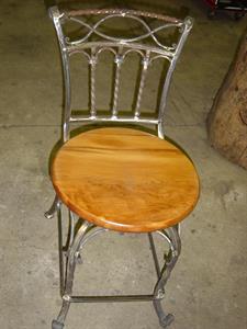 Seating: Elegance chair Iron Design