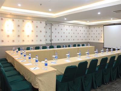 Swiss-Belinn Medan Meeting Room Swiss-Belinn Medan