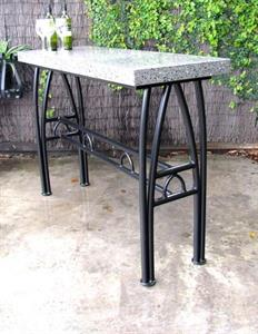 Table: Lincoln bar leaner