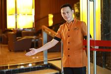 Staff Greetings Swiss-Belhotel Maleosan Manado
