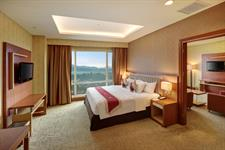 Suite Room Swiss-Belhotel Maleosan Manado