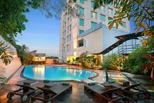 Swimming Pool Swiss-Belhotel Maleosan Manado