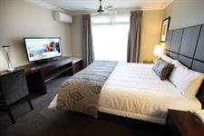 DH Rotorua - Presidential Suite Bedroom 1 Distinction Rotorua Hotel & Conference Centre