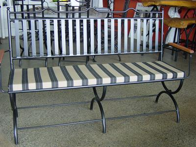 Seating: Tuscany 3 seater bench seat