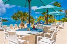 Beachside Lunch Muri Beach Club Hotel