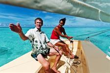 Learn to Sail Muri Beach Club Hotel